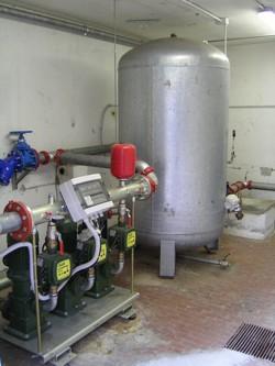 Impianto autoclave per antincendio e impianto idrico in for Impianto autoclave schema